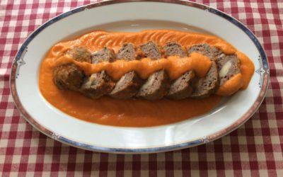 Rollo de carne con jamón y queso